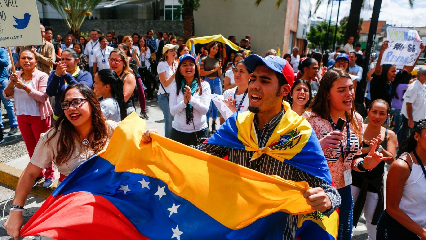 Ragazzi in rivolta in Venezuela