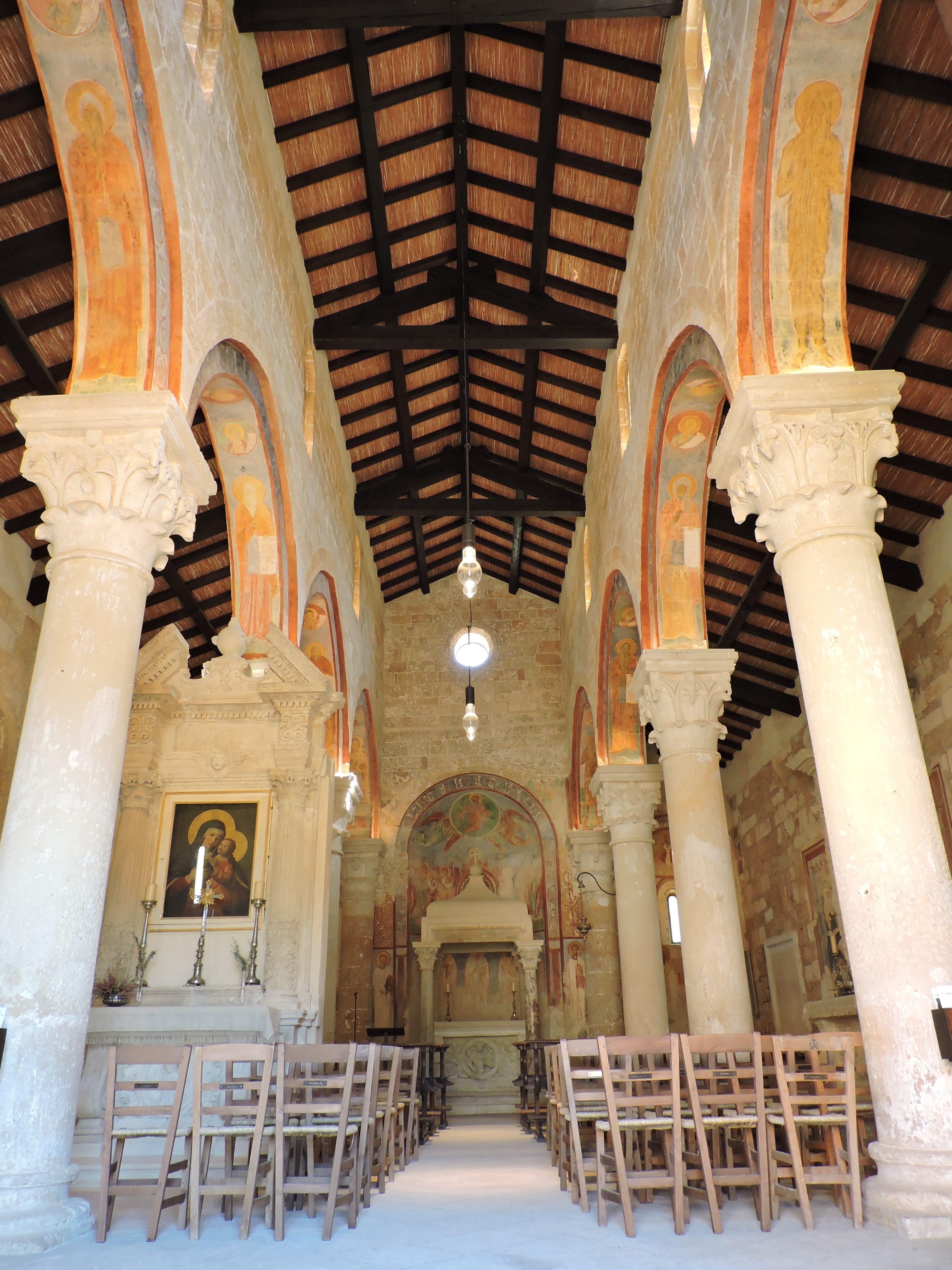 Navata centrale della chiesa abbaziale, foto (c)Sara Venturiero