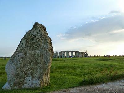 Heel Stone - Stonehenge fonte by http://www.stonesofstonehenge.org.uk/2015/02/the-heelstone-stone-96.html