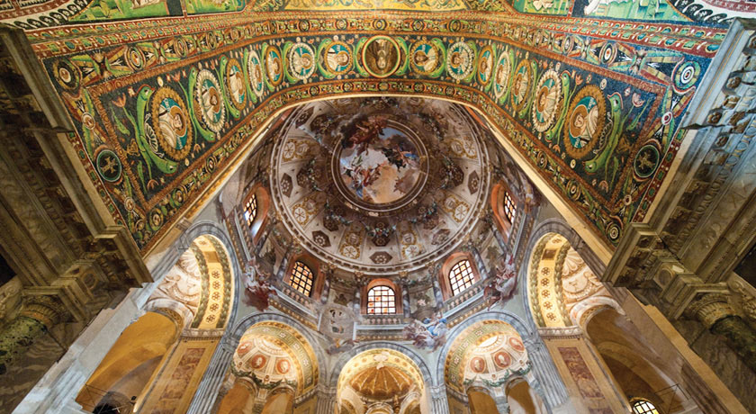Interno Basilica di San Vitale