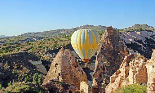 """I """"camini delle fate"""": pinnacoli di pietra della Cappadocia (Turchia)"""